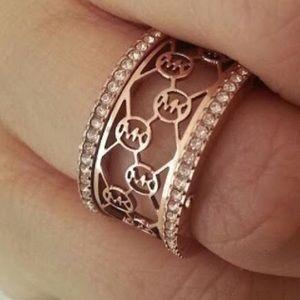 NWT Michael Kors Gold CutOut Barrel Ring Size 7